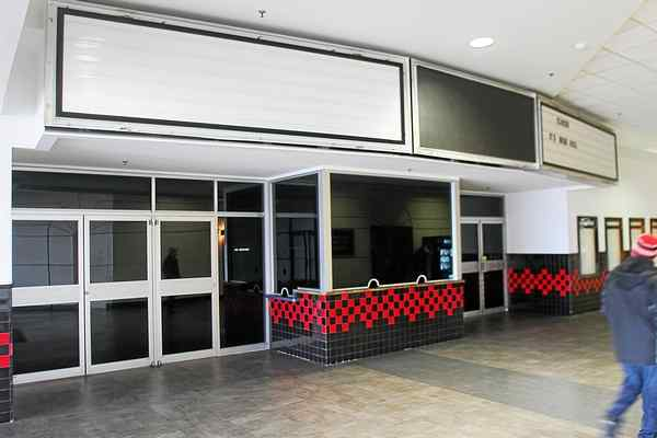 Demolition permit issued for Macomb Mall theater